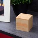 Reloj en forma de cubo TIME CUBE de madera